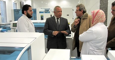 Governor inspects medical laboratories at the University of Zagazig